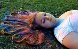 10 Natural Skin and Hair Care tips for Holi