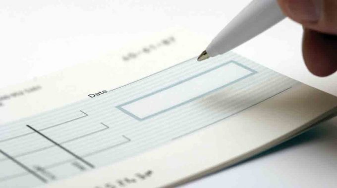 How to get rid of the legal hassle pertaining to dishonoured cheque!