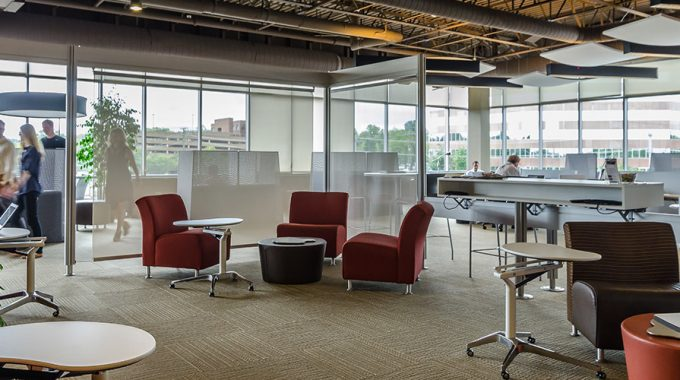 Why You Should Hire a Coworking Office Space?