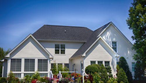 4 Smart Ways to Make Your Backyard Look Beautiful
